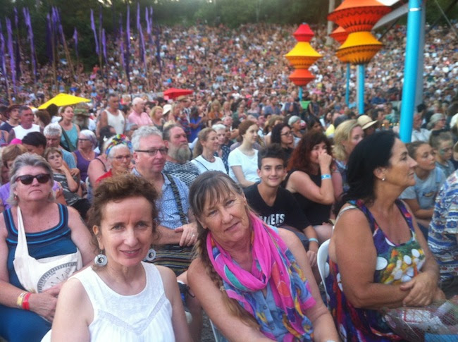 Teresa amid massive crowd at Woodford Folk Festival